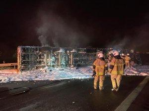 Kaza sonrası tır alev aldı, sürücü yanarak can verdi