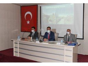 """Vali Akbıyık: """"Hakkari tarihin en büyük yatırımlarını alıyor"""""""