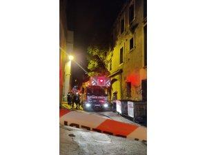 Fatih Unkapanı'nda çöken metruk binadaki çalışmalar sona erdi