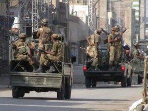 Hindistan'dan Pakistan'a saldırı: 2 ölü!