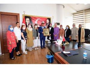 AK Parti Malatya Kadın Kolları'ndan Başkan Gürkan'a ziyaret