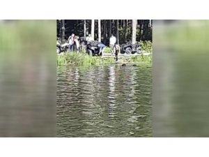 ATV ile göle uçtular: 2 yaralı