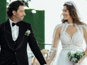 Manken Şenay Akay ve iş insanı Tarık Soner evlendi