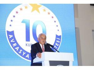Avrasya Üniversitesi kuruluşunun 10. Yıl dönümünü düzenlediği görkemli törenle kutladı
