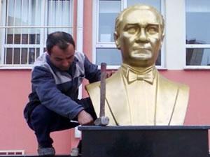 Atatürk büstlerine koruma geliyor