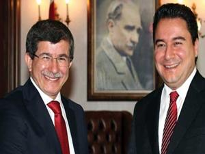 Babacan, Davutoğlu'nun 'kabinede kal' teklifini kabul edecek mi?