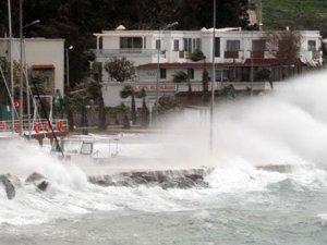 Meteoroloji'den İstanbul'a şiddetli fırtına uyarısı!