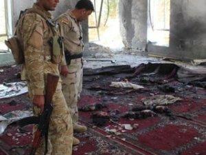 Irak'ta bir intihar bombacısı kendini patlattı: 12 ölü!