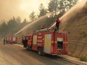 Ereğli İtfaiyesi Manavgat'ta mücadele veriyor