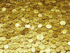 Altın iki haftanın en yüksek seviyesine ulaştı