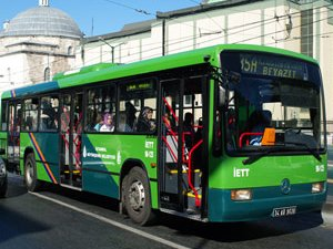 Kadınlara Özel Toplu Taşıma Aracı Talebi!