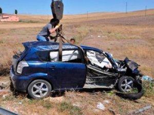 Gurbetçi Şoför Hakimiyetini Kaybetti: 4 ölü