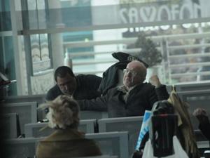 4.5 yıldır havalimanında yaşamasının nedeni: Ölüm korkusu!
