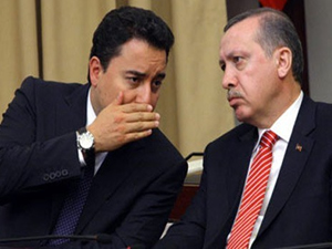 Babacan, Erdoğan'ın yanında mı karşısında mı?
