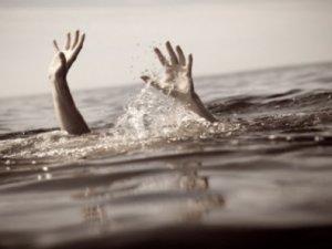 Van Gölü'nden cansız bedeni çıkarıldı