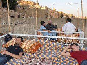 Damda uyumak 13 kişinin hayatına maloldu