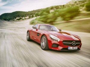 Mercedes'in yeni sporcusu AMG GT