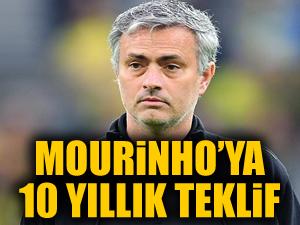 Chelsea'den Mourinho'ya 10 yıllık sözleşme