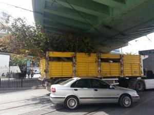 Bir üst geçit kazası da Aksaray'da!