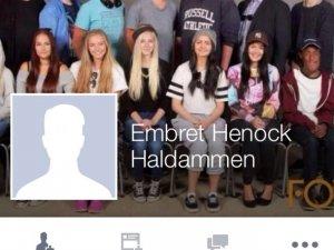 Facebook 'farklı' görüntüsü yüzünden profil fotoğrafını kaldırdı