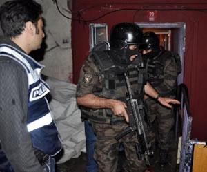 İstanbul Şişli'de şafak operasyonu