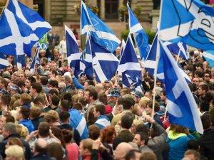 İskoçya, bağımsızlığa 'hayır' dedi