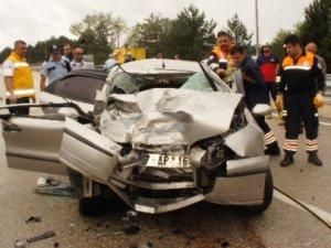 Otomobil hurdaya döndü: 2 ölü