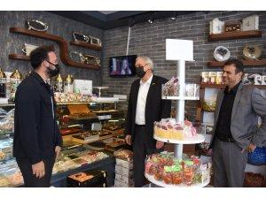 Başkan Bakkalcıoğlu 4 Eylül Mahallesi'nde esnaflarla bir araya geldi