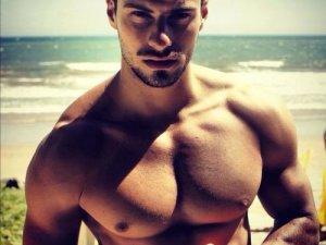 Erkeklerin estetik talepleri çözüm buluyor