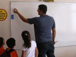 Kürtçe okul için resmi başvuru yapıldı