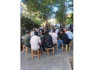 Diyarbakır Emniyet Müdürü Hüseyin Aşkın kahvehanede vatandaşlarla bir araya geldi