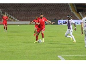 TFF 1. Lig: Balıkesirspor: 1 - Keçiörengücü: 0 (İlk yarı sonucu)
