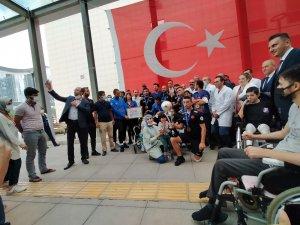 """Osman Çakmak: """"Şampiyonluk Türk milletine armağan olsun"""""""