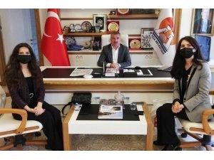 """Başkan Özdemir: """"Lösemili çocuklarımızın her zaman yanındayız"""""""