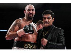 Erken Teper, yenilgisiz boksör Arslanbek Makhmudov ile karşılaşacak