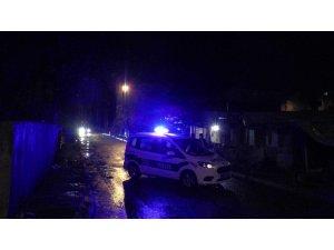 Çekmeköy'de oğluna uyuşturucu sattığı iddia edilen kişileri uyaran baba hayatını kaybetti