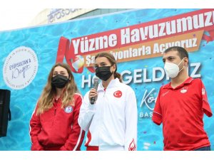 Eyüpsultan'ın 2. havuzu şampiyonlar eşliğinde açıldı