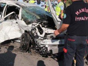 Manisa'da korkunç kaza! 4 ölü