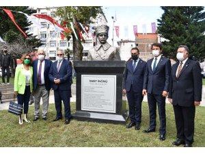 İsmet İnönü'nün doğum gününde adı verilen park ve büst açıldı