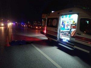 Polisten kaçan Afgan mülteci, araç çarpması sonucu hayatını kaybetti