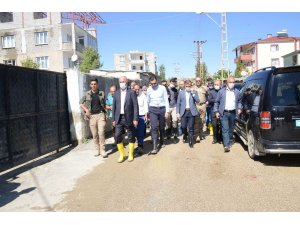 Tuşba Belediye Başkanı sel bölgesinde incelemelerde bulundu