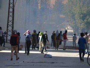 Yüksekova'da polise molotoflu saldırı
