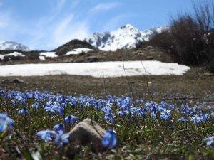 Doğu'da hava sıcaklığı mevsim normallerinin 1 ila 3 derece altında seyretmesi bekleniyor