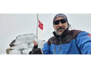2 bin 552 rakımlı dağa tek başına tırmandı