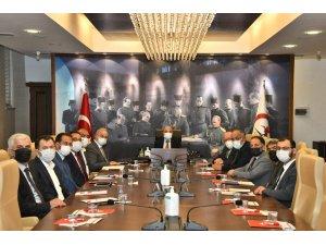 """Vali Dağlı: """"Üniversite öğrencileri için her türlü imkan seferber edilecek"""""""