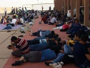 Libya'da mahsur kalan 70 işçi Türkiye'ye getirildi