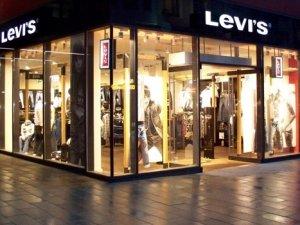 Dev giyim markası Türkiye'deki fabrikasını kapattı