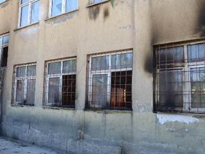 Yüksekova'da yakılan 5 okulda ders başı yapıldı
