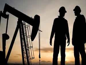 Petroldeki düşüş Rusları tehdit ediyor
