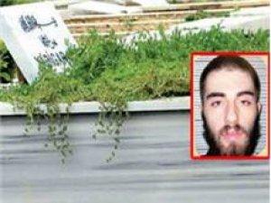 Cem Garipoğlu'nun mezar taşında ismi yok